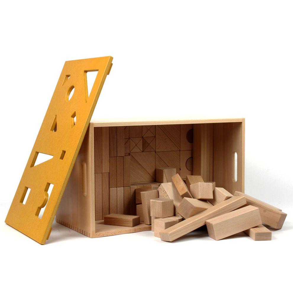 Bausteinwagen mit gelbem Puzzledeckel
